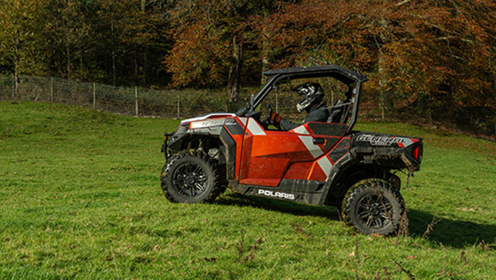 Polaris General 1000 EPS Deluxe - INDUSTRY'S BEST SELLING CROSSOVER